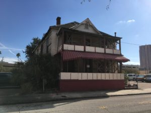 The Jackson House is a two-story home with 24 rooms. The house is located at 851 East Zack Street in downtown Tampa in close proximity to the train station.