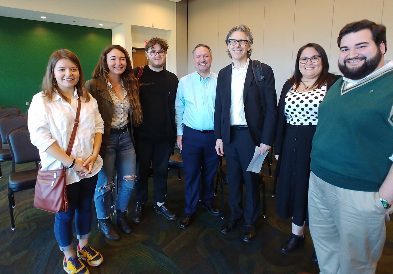 Summer Wusf News Internships Are Now Open Wusf Public Media Tampa Npr Local News Coverage